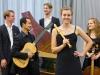 """upon a ground"" (Ensemble: Tabea Debus, Lea Rahel Bader, Johannes Lang, Kohei Ota, Jan Croonenbroeck) ©Ralf Emmerich"